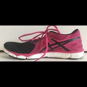 ASICS Women's 33-DFA Sz 9.5 Athletic Shoe